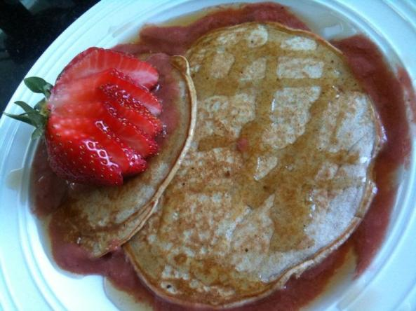 Honey & Vanilla Pancakes With Maple Syrup, Rhubarb & Strawberry Sauce, and a Sliced Strawberry :)