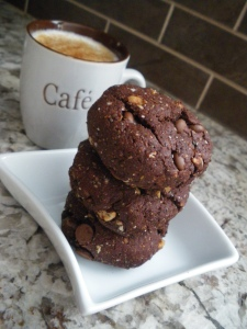 Three tasty (and guilt-free!) cookies with an almond milk latte. Now that's a tasty snack! :)